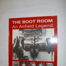 Coleccionismo deportivo: LIBRO IMPORTADO - LIVERPOOL , THE BOOT ROOM AN ANFIELD LEGEND - AÑOS 90. Lote 41990401