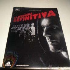 Coleccionismo deportivo: REVISTA LA BUSQUEDA DEFINITIVA ADIDAS ZIDANE KAKA 1. Lote 47517093