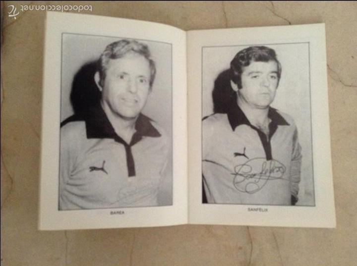 Coleccionismo deportivo: Libro futbolistas veteranos del Valencia, C.F., con fotografías y firmas de los jugadores. - Foto 3 - 113192684