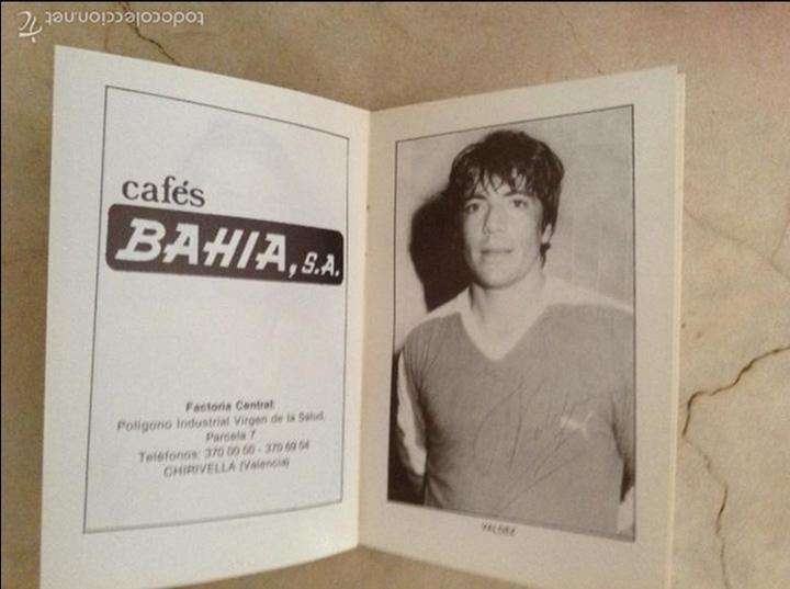 Coleccionismo deportivo: Libro futbolistas veteranos del Valencia, C.F., con fotografías y firmas de los jugadores. - Foto 19 - 113192684