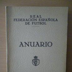 Coleccionismo deportivo: ANUARIO REAL FEDERACIÓN ESPAÑOLA DE FÚTBOL 1951. Lote 40285781