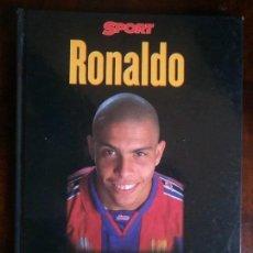 Coleccionismo deportivo: LIBRO RONALDO ESTA ES SU VIDA SPORT FÚTBOL. Lote 67568197