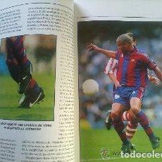 Coleccionismo deportivo: CRACKS DEL FUTBOL - LIBRO SOBRE 15 FUTBOLISTAS DE MAXIMO NIVEL - PLANETA DE AGOSTINI. Lote 94139105