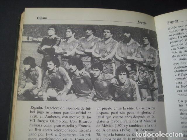 Coleccionismo deportivo: LIBRO FUTBOL DE LA A A LA Z 1982. EDICION ESPECIAL PARA PHILIPS - Foto 2 - 95191011