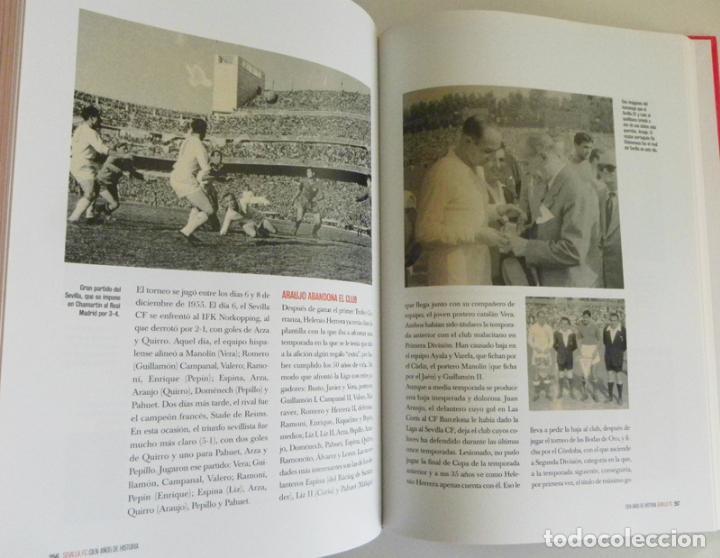 Coleccionismo deportivo: SEVILLA FC CIEN AÑOS DE HISTORIA TOMO 1 2 LIBROS ORO FÚTBOL CLUB - DEPORTE FOTOS LIBRO TOMOS SFC 100 - Foto 5 - 97797483