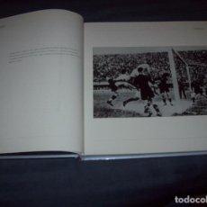 Coleccionismo deportivo: 20 AÑOS. 100 IMÁGENES. HISTORIAS DE UNA ILUSIÓN. ESPAÑA 82 - COREA / JAPÓN 02. MARCA. VER FOTOS.. Lote 105809467