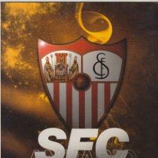 Coleccionismo deportivo: ANUARIO DEL SEVILLA FC 2010/2011.. Lote 107976231