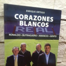 Coleccionismo deportivo: REAL MADRID - FUTBOL - LIBRO - CORAZONES BLANCOS - EVEREST - OFICIAL - 2013 - ENRIQUE ORTEGO - NUEVO. Lote 111188479