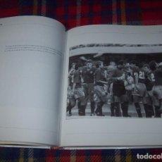 Coleccionismo deportivo: 20 AÑOS. 100 IMÁGENES. HISTORIAS DE UNA ILUSIÓN. ESPAÑA 82 - COREA / JAPÓN 02. MARCA. VER FOTOS.. Lote 112673575
