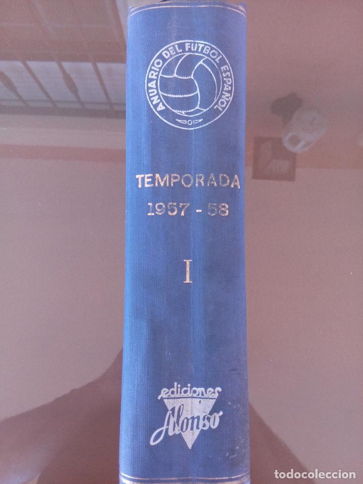 Coleccionismo deportivo: anuario del futbol español - temporada 1957 -58 - ediciones alonso - 912 paginas - buen estado - Foto 2 - 117928819