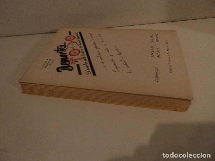 Coleccionismo deportivo: REGLAMENTO DE FUTBOL ASOCIACION. COMENTARIOS Y ACLARACIONES POR PEDRO ESCARTIN MORAN. AÑO 1972 - Foto 9 - 118756791
