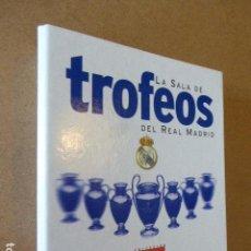 Coleccionismo deportivo: LA SALA DE TROFEOS DEL REAL MADRID. AS. 79 FICHAS. COMPLETO.. Lote 121592079