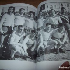 Coleccionismo deportivo: RADIOGRAFÍA DE UN ASCENSO. 50 AÑOS DEL RCD MALLORCA EN PRIMERA DIVISIÓN. J.C. PASAMONTES. 2010. . Lote 127686771