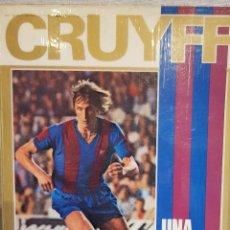 Coleccionismo deportivo: CRUYFF / UNA VIDA POR EL BARÇA / JOSÉ Mª CASANOVAS / 1973 / LIBRO DE OCASIÓN. Lote 129464723