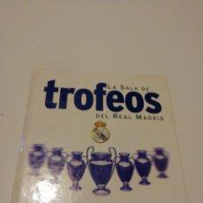 Coleccionismo deportivo: SALA DE TROFEOS DEL REAL MADRID. Lote 144388749