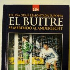 Coleccionismo deportivo - DVD + Libro: EL BUITRE SE MERENDO AL ANDERLECHT (12-12-1984) Real Madrid 6-1 Anderlecht - Diario AS - 149632802