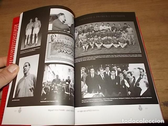 Coleccionismo deportivo: UN SIGLO CON EL R.C.D. MALLORCA ( 1916 - 2016 ). MIGUEL VIDAL PERELLÓ / JORDI VIDAL. VER FOTOS. - Foto 10 - 228344430