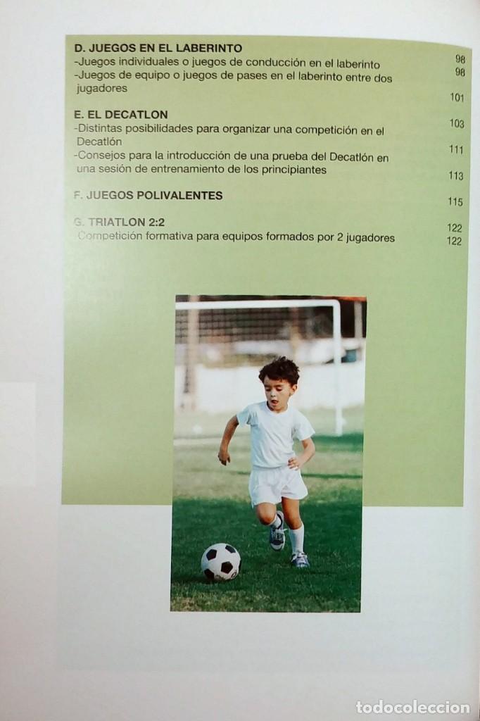 Coleccionismo deportivo: FÚTBOL A LA MEDIDA DEL NIÑO / HORST WEIN ; JAVIER CLEMENTE. REAL FEDERACIÓN ESPAÑOLA DE FÚTBOL, 1995 - Foto 3 - 156033186