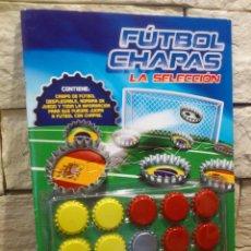 Coleccionismo deportivo: FUTBOL CHAPAS - LA SELECCION - 1ª EDICION 2014 - ESPAÑA - LIBRO Y CHAPAS - NUEVO. Lote 157264146