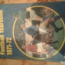 Coleccionismo deportivo: ROTHMANS FOOTBALL YEARBOOK 1971-72. Lote 186370412
