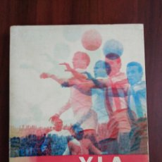Coleccionismo deportivo: Y LA VIDA SIGUE. Lote 177890364
