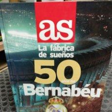 Coleccionismo deportivo: ALBUM AS VACUO. 50 AÑOS DEL BERNABEU. . Lote 178577376