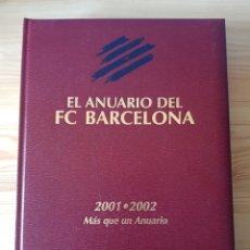 Coleccionismo deportivo: ANUARIO FÚTBOL CLUB BARCELONA 2001-2002. DICUR. Lote 181418325