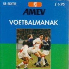 Coleccionismo deportivo: AMEV VOETBALALMANAK SEIZOEN 97-98. Lote 182181041