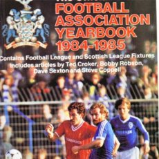Coleccionismo deportivo: THE OFFICIAL F.A. YEAR BOOK 1984/85. Lote 182182961