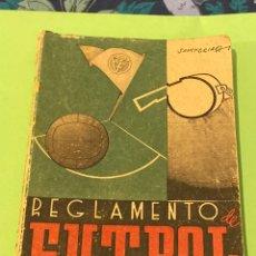 Coleccionismo deportivo: REGLAMENTO DE FÚTBOL PEDRO ESCARTIN 1941. Lote 194216935