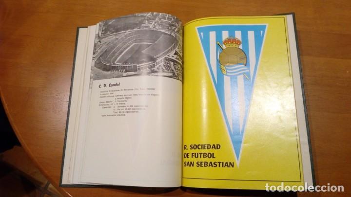 Coleccionismo deportivo: libro antiguo con banderines y estadios de equipos de liga años 60 editorial efsa ?? - Foto 4 - 196320411
