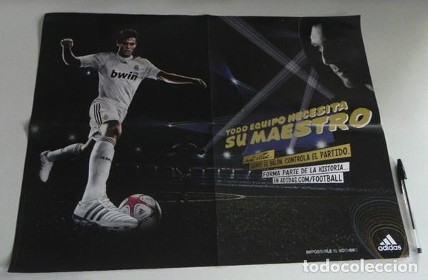 Coleccionismo deportivo: LA BÚSQUEDA DEFINITIVA CÓMIC DE KAKÁ REAL MADRID FÚTBOL BIOGRAFÍA PÓSTER - FUTBOLISTA ADIDAS ZENTNER - Foto 3 - 201215785