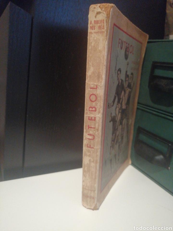 Coleccionismo deportivo: Libro FUTEBOL Divulgacion de sus Leyes Año 1948 - Foto 2 - 208452527