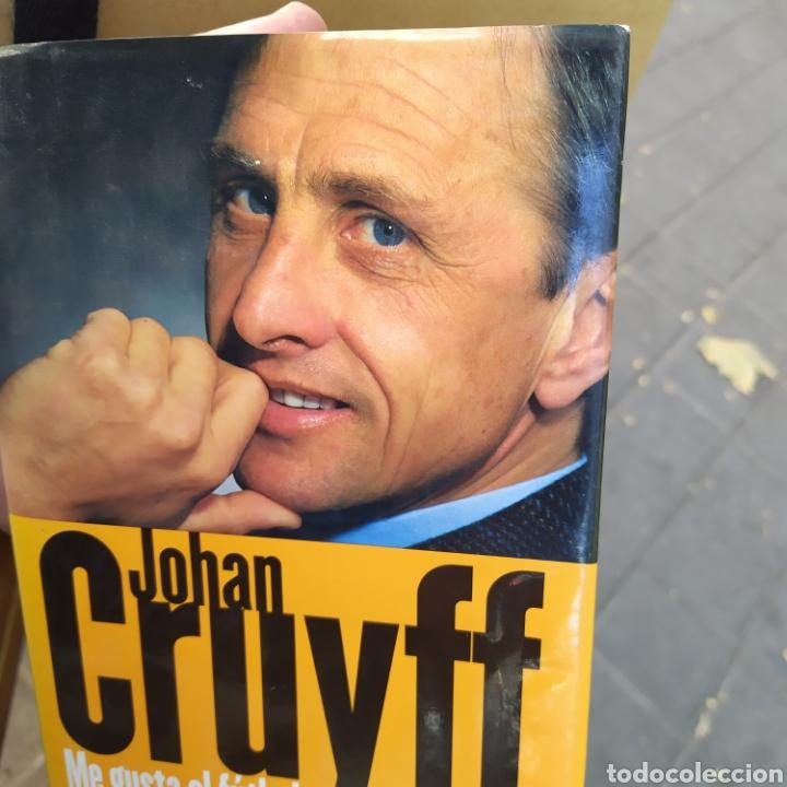 JOHAN CRUYFF ME GUSTA EL FÚTBOL TAPA DURA CON SOBRECUBIERTA 2002 (Coleccionismo Deportivo - Libros de Fútbol)