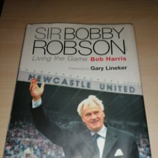 Coleccionismo deportivo: SIR BOBBY ROBSON. Lote 214021418