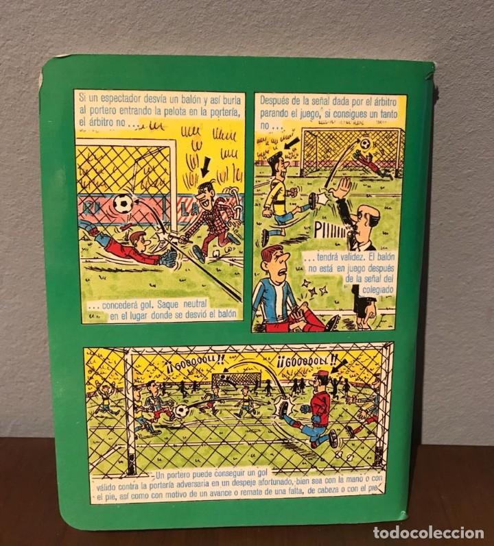 Coleccionismo deportivo: ANTIGUO LIBRITO DE LAS REGLAS DE FÚTBOL DINÁMICO AÑO 81 - Foto 2 - 215267502