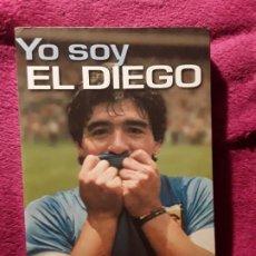 Coleccionismo deportivo: YO SOY EL DIEGO. DIEGO ARMANDO MARADONA. PLANETA. FOTOS.. Lote 228814545