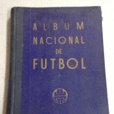 Coleccionismo deportivo: ALBUM NACIONAL DE FUTBOL 1947, MADRID. IMP VIUDA DE JUAN CUELLO. CARTONÉ. TIENE 432 PÁG. MIDE 34 X 2. Lote 248150100