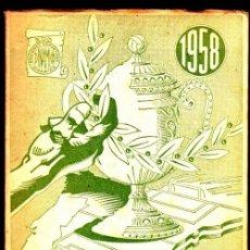 Coleccionismo deportivo: LA LUCHA POR LA COPA FUTBOL 1958 FOTOGRAFIAS DI STEFANO GENTO KOPA. Lote 254550725