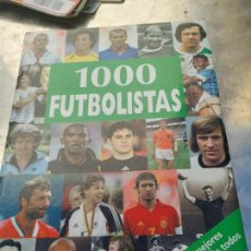 Coleccionismo deportivo: 1000 FUTBOLISTAS (LOS MEJORES JUGADORES DEL MUNDO A LO LARGO DE LA HISTORIA) NORDMANN MICHAEL. Lote 266455828