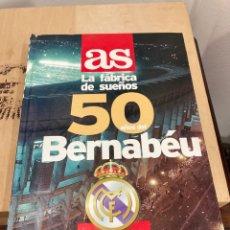 Coleccionismo deportivo: LIBRO 50 AÑOS DEL BERNABÉU. Lote 267338209