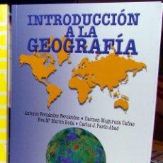 Libros: INTRODUCCIÓN A LA GEOGRAFÍA / NUEVO / ENVÍO GRATIS. Lote 57874935
