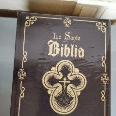 Libros: BIBLIA ILUSTRADA 2016 BENDECIDA PAPA FRANCISCO NUEVA PRECINTADA 5000U. PRÓLOGO PALOMA GÓMEZ BORRERO. Lote 159748405
