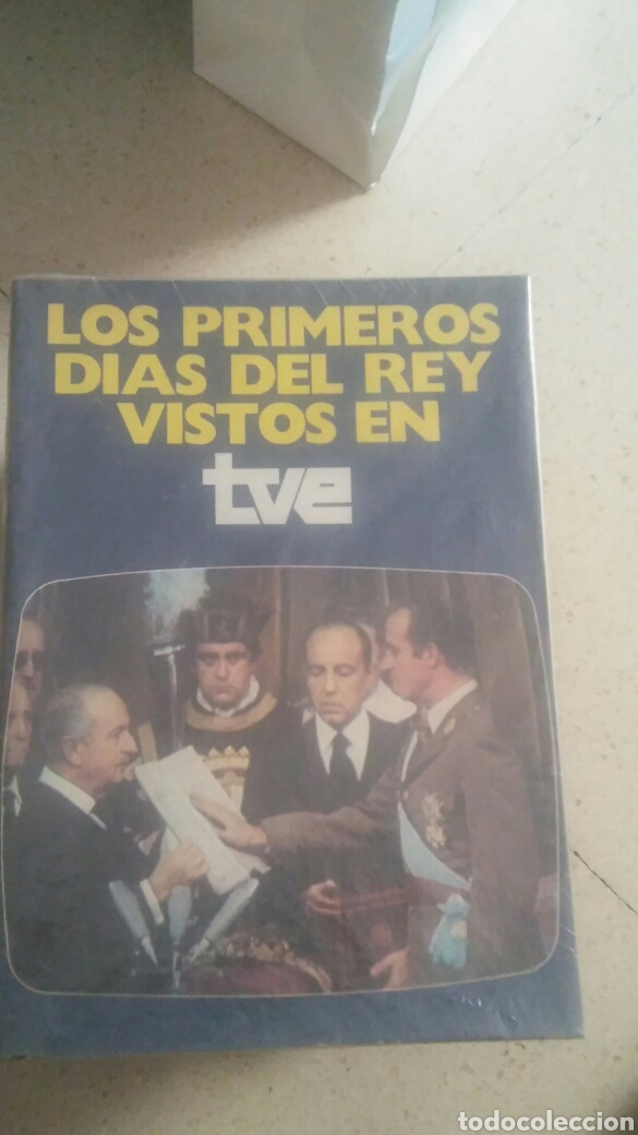 LOS PRIMEROS DÍAS DEL REY VISTOS EN LA TVE (Libros Nuevos - Historia - Historia de España)