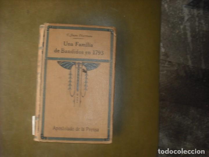 UNA FAMILIA DE BANDIDOS 1793 (Libros Nuevos - Historia - Historia de España)