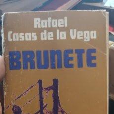 Libros: LIBRO DE LA BATALLA DE BRUNETE RAFAEL CASAS DE LA VEGA. Lote 210402695