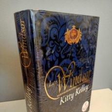 Libros: LOS WINDSOR, RADIOGRAFIA DE LA FAMILIA REAL BRITANICA, KITTY KELLY, NUEVO, HISTORIA / HISTORY, 1999. Lote 220058485