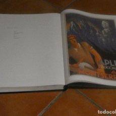 Libros: ENORME LIBRO: CARTELLS CATALANS: 1930-1936 REPUBLICA EN CONSTRUCCIO, MANCHA EN LATERAL. Lote 148367298