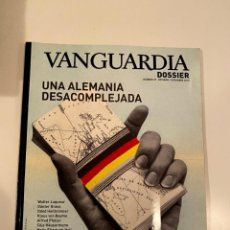 """Libros: """"UNA ALEMANIA DESACOMPLEJADA"""" - REVISTA. Lote 245380745"""