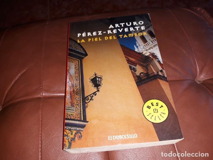 ARTURO PÉREZ REVERTE _ LA PIEL DEL TAMBOR (Libros Nuevos - Historia - Otros)